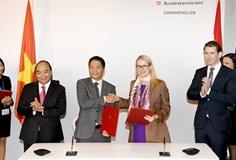Bộ Công Thương và Bộ Kinh tế và Kỹ thuật số Áo ký Bản ghi nhớ hợp tác TMĐT và CN 4.0